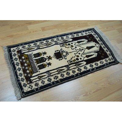 画像1: オールド絨毯 ミフラップ柄 白地にモスクの内部を描いています 132×72cm