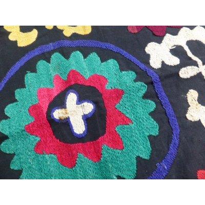 画像2: ヴィンテージ ウズベキスタンのスザーニ シルク手刺繍 53×53cm
