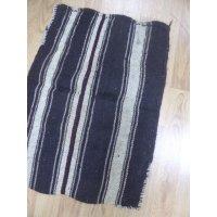 ヤギ毛で作られたケレス遊牧民のチュワル マットやクッションとしてお使いください 83×63cm